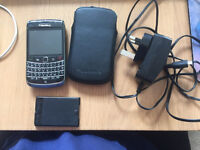 Blackberry 9700 with charger, case & spare battery