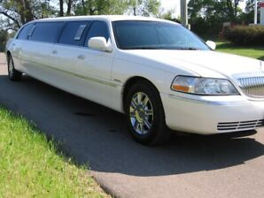 "2007 Lincoln 120"" stretch 110 km original paint"