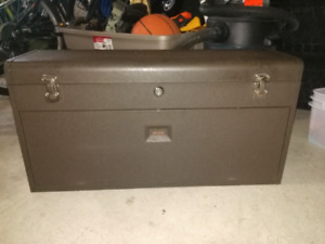 Used Kennedy tool box (Machinist)
