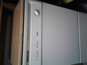 Kenmore dishwasher hardly used 6 years old $250 firm
