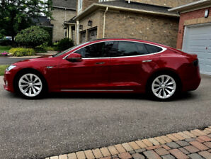 TESLA 75D LIKE NEW low KMS