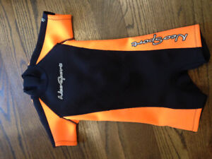 Childrens wet suit size 4 -like new