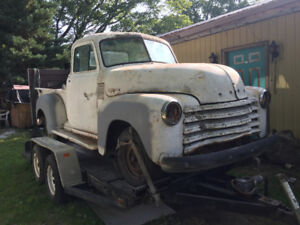 1952 Chevy 5 window short bed