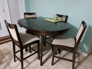 Pub style table & four chairs