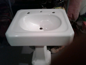 In great condition antique cast-iron sink