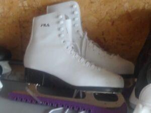 Ladies Skates - size 10