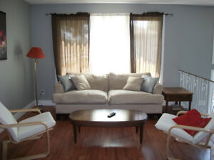 IR Welcome. Beautifully Furnished West End One Bedroom Sept. 02