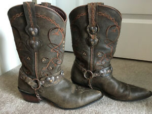 Leather Cowgirl Boots (Barely worn)
