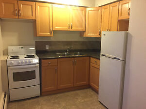 1&2 BEDROOM,NEAR UNIVERSITY,WHYTE AVE,HOSPITAL,DOWNTOWN&MORE