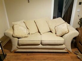 2 seater sofa, very good condition, free delivery within Edinburgh
