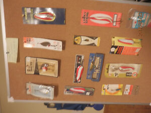 vintage fishing lures and accessories