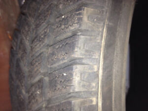 Selling Winter Tires Size 195/65/15, NO RIMS London Ontario image 1