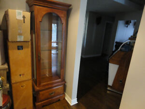GLASS & OAK WOOD CURIO DISPLAY CABINET AS BRAND NEW REAL NICE