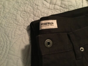 "Mens Brand New Kenneth Cole ""Reaction"" Jeans"