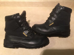 Men's Rocky Gore-Tex Boots Size 8 London Ontario image 1