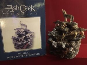 Ash Creek Musical Wolf Water Fountain - Excellent condition!