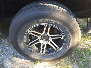 285/70/17 toyo open country on rtx rims gm 6 bolt London Ontario image 1