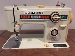 Machine à coudre New Williams avec meuble