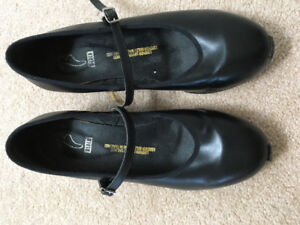 Bloch Leather Tap Shoes - Girls size 71/2