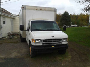 2002 FORD ECONOLINE E350  - Stored in Winter