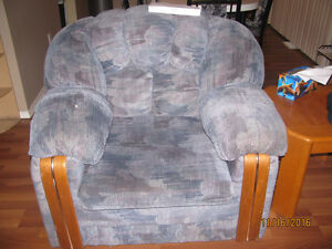 couch ,loveseat.chair Prince George British Columbia image 2