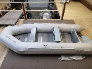 Bateau Pneumatique LibertyBoats Sealine 380