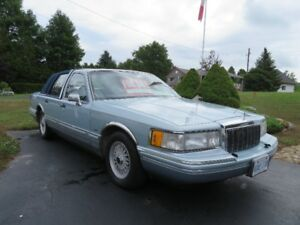 Lincoln Congressional Town Car