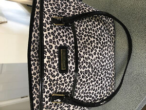 Like New Lunch bag by designer Simon Chang