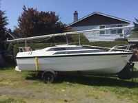 19' MacGregor power sailer