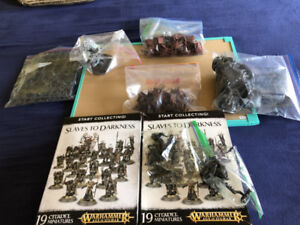 Large Slaves to Darkness Games Workshop army