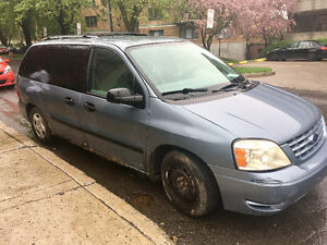 2004 Ford Windstar Minivan, Van