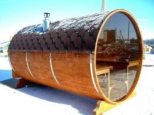 Barrel shape saunas & hot tubs
