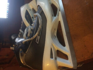 Bauer Supreme one 75 goalie skates men's  11 D