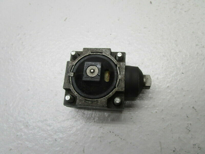 SQUARE D 9007-G LIMIT SWITCH OPERATING HEAD * USED *