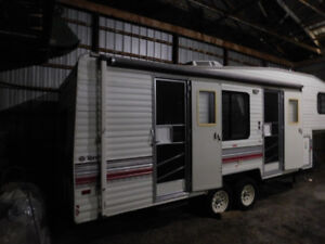 1991 Terry Fifth Wheel Trailer