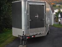 Enclosed cargo/vehicle trailer