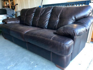Moving Sale! Furniture in excellent condition!