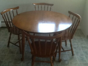 Vilas dining table and chairs