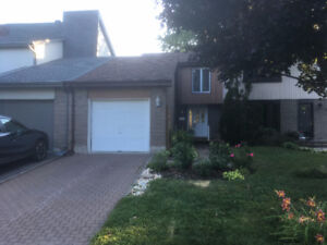 Nice home for rent in Pointe-Claire