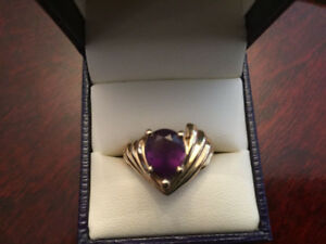 Brand New 14K Gold Ring with Natural Amethyst Stone (size 7-8)