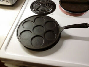 "Mini Pancake ""Plett""  Pan ( Cast Iron )"