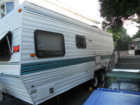 Urgent Must Sell ! - 20 - foot  Dutchmen Travel Trailer