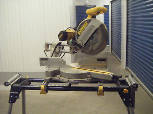 """DeWalt 12"""" Double Bevel Compound Miter Saw and Stand"""