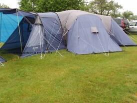 12 man tent. Excellent condition