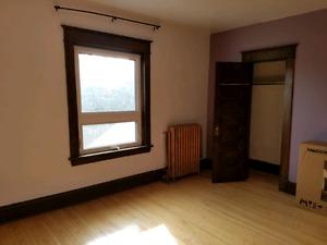 2 bedroom 2nd floor apartment