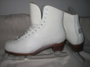 Women's Figure Skates (Gam Maxi) Size 5 with MK Freestyle Blades