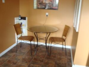 Table and 2 chairs (rattan bistro set)