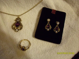 Avon Vintage – 3pc Jewellery set (Amethyst)