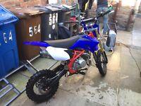 Moto x stomp 140