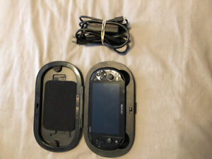 PS Vita - Comme neuf/Like new